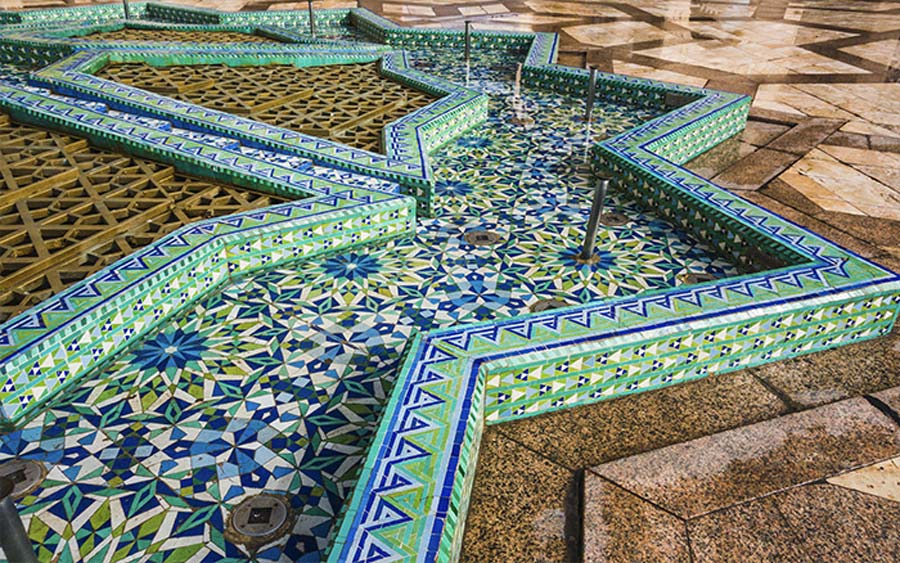 Moroccan floor tiles design